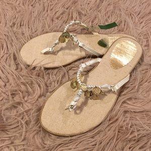 Shoes - 🐠Nautical flip flops w/ gold tone charms🐢